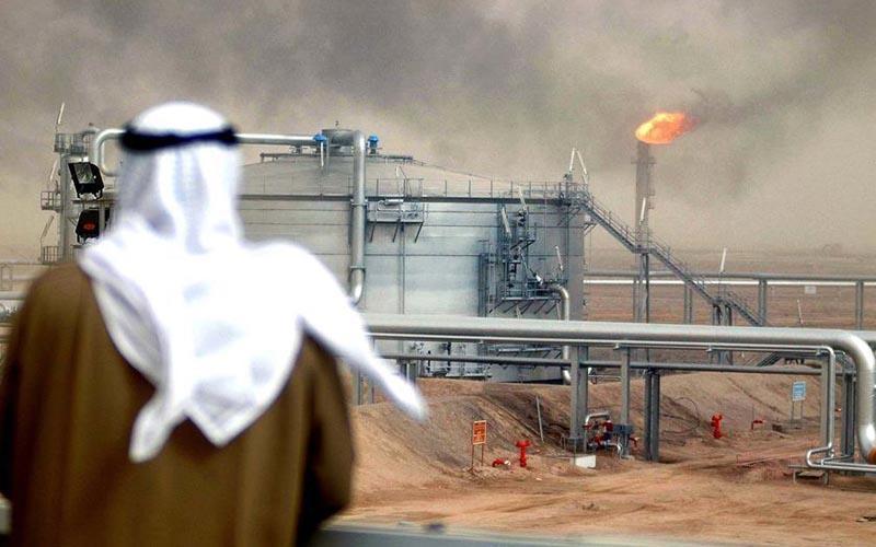 عربستان برای نجات قیمت نفت چه می نماید؟