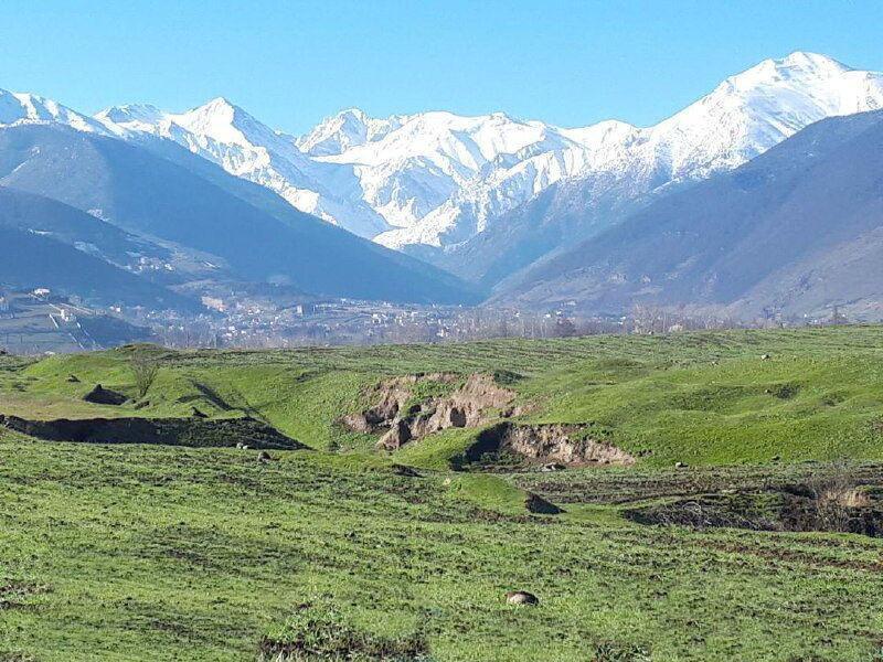 خبرنگاران مشخص و تصویب حریم قانونی تپه 6هزارساله کلار مازندران