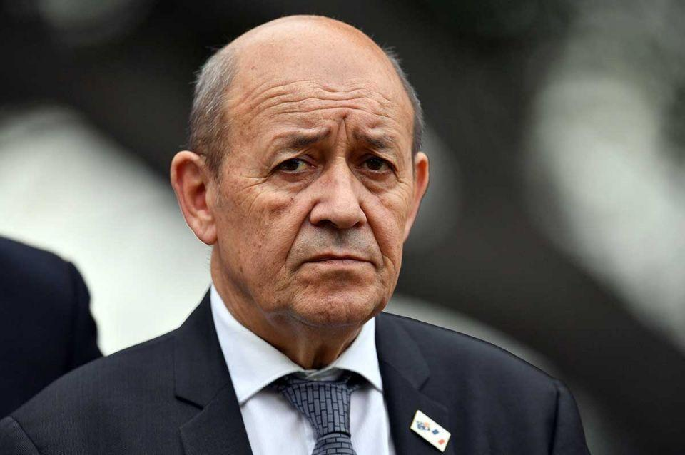 کوشش فرانسه برای مهار خشم مسلمانان