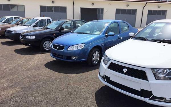 قیمت انواع خودرو داخلی و خارجی در بازار امروز هشتم بهمن 99
