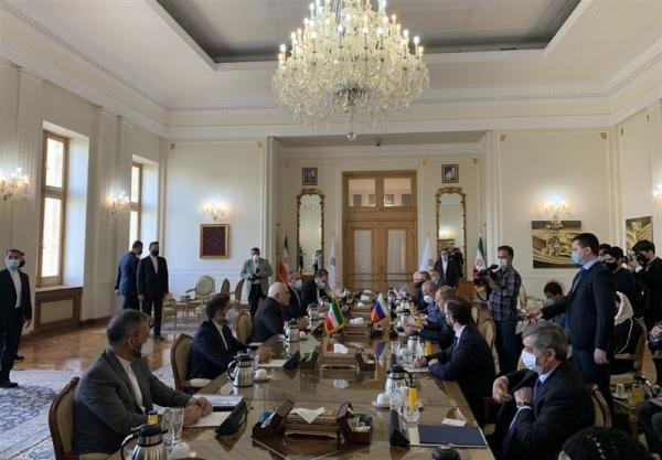 ظریف: ایران و روسیه معتقدند برای احیای برجام باید تحریم های آمریکا برداشته شوند