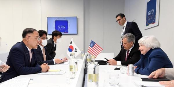 توافق آمریکا و کره جنوبی برای همکاری درباره دارایی های مسدود شده ایران