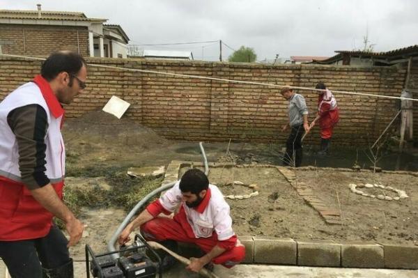 تخلیه آب 51 منزل مسکونی در روستاهای سیل زده آذربایجان غربی